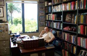 Pobreza, riqueza y ética cristiana. Entrevista con Thomas Phillips